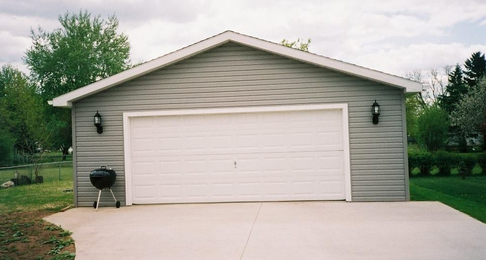 Permalink to: Garage and Driveway